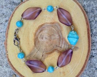 elegant violet and teal glass beaded bracelet