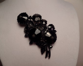 1950's Weiss Brooch with Black Glass Stones and Japanned Setting