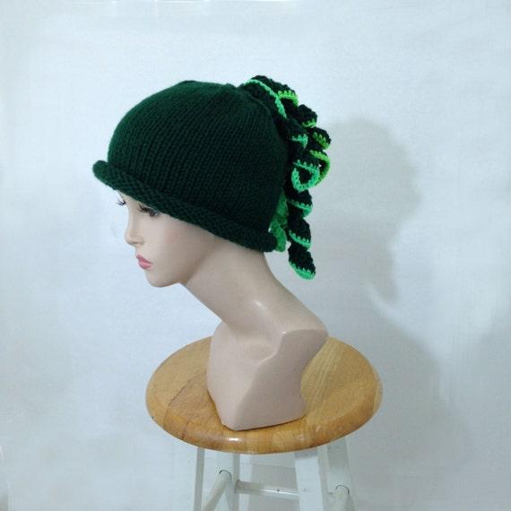 Womens Knit Hat Handknit  Hat Beanie Cloche Green Hat  Knitted Winter Hat Ooak Hat