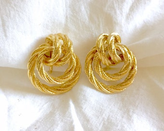 SALE** Vintage 1980s Signed Avon Gold Tone Rope Twist Knot Round Circle Clip on Earrings