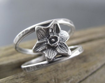 Handmade Double Banded Ring - Small Spring Daffodil