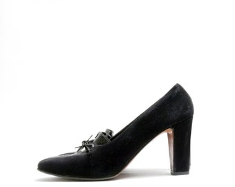 Size 7.5N // Vintage 60s Black Leather Lace Up Oxfords Pumps // Rangoni Heels // Made in Italy Black Suede Leather Shoes// 117
