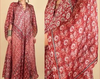 ViNtAgE 70's Rare DEADSTOCK INDIAN Silk Caftan Maxi Dress // by Zodiac Made in India // Angel Wing Hippie Festival Dress // NOS // Free Size