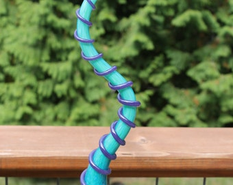 Turquoise Blue Silly Wolly Worm With Iris Purple Body Wrap Glass Garden Art Sculpture Outdoor Yard Decoration