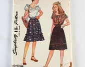 "1940s Sewing Pattern / Girl's Skirt & Blouse Pattern / Simplicity 1272 / Wartime Girl's Clothing / Bust 32"" Waist 26.5"""