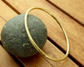 Nu gold brass bangle | hammered bangle | 3 mm | shiny bangle | brass bracelet | women's bangle | brass jewelry | made to order
