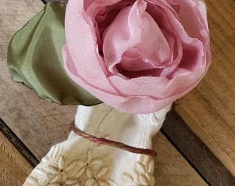Wedding Napkin Rings, Fabric Flower Napkin Rings, Cabbage Rose, Wedding Flower Decorations, Place Setting, table settings, dusty rose,