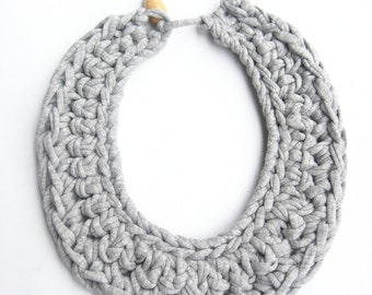 Gray Cotton Bib Necklace, Gray Crocheted Necklace, Gray Knitted Necklace, Tshirt yarn necklace, Gray Cotton Accessories, Woven Necklace.