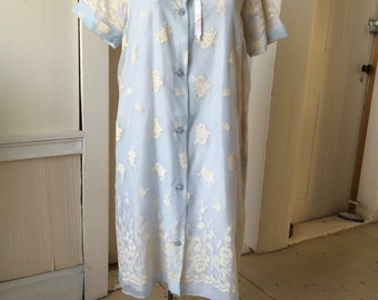 1960s Valley Frocks Sheer Blue Dressing Gown Robe with Intricate Floral Flocking size 16 NOS