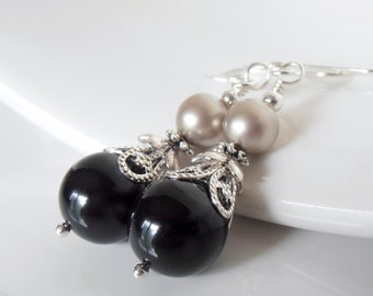 Black Pearl Earrings Black and Champagne Swarovski Pearl and Crystal Dangles Special Classic Wedding Jewelry Matching Sets Bridesmaid Gift