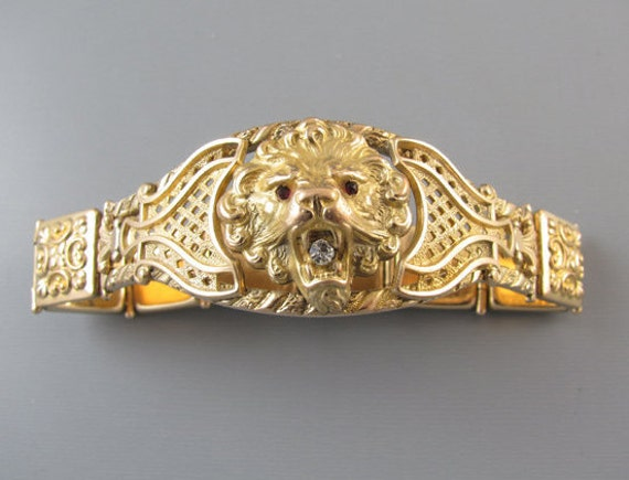 Signed Bates and Bacon Art Nouveau Edwardian lion head figural bracelet