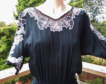 Embroidered Dress, Black dress, Crochet Lace dress, Indonesian dress, Party dress, size L