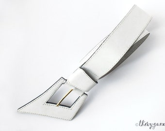 Vintage Women Geometric Asymmetrical White Leather Belt Made in France - 80s New Wave Hipster Waist Belt - Retro Womens Fashion Accessory