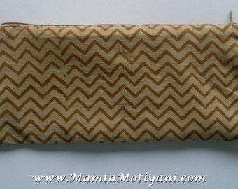 Brown Zippered Pouch, Coin Purse With Zipper, Coin Purse, Fabric Pencil Case, Change Purse, Fabric Zipper Pouch, Chevron Print Fabric Wallet