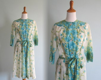 Vintage Iris Print Crepe Robe - Pretty 60s Aqua Floral Buttoned Robe by Loungees - Vintage 1960s Robe M L