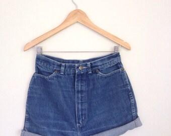 70s Jean Shorts, Calvin Klein, Jean Cut Offs, Denim Shorts, High Rise Shorts, High Waisted Shorts, ULTRA High Rise, Blue Jeans, 27 Waist