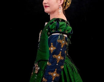 Renaissance Dress, Tudor, Elizabethan, Costume, Bridal Gown (Made To Order)  - - Lay Away Available (LABOR FEES)