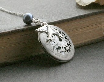 Bird Locket Necklace , Vintage Style Locket , Silver Locket Necklace , Round Locket Necklace , Gift for Her, Gift for Wife  - Flying Solo