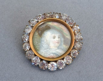 The Duchess Hand Coloured Print Paste Pinchbeck Locket Brooch
