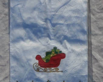 2 Lillian Vernon Christmas Guest Towels, Tea Towels Sleigh and Tree