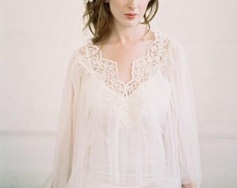 Final Sale , Sample Sale, Bridal Cape, Bridal Capelet, Bridal Cover Up, Bridal Separates, Cape, Lace Capelet, Bridal Lace Capelet