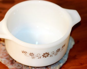 Dynaware Pyr-O-Rey Small Casserole Soup Chili Bowl Single Serving Dish Brown Floral