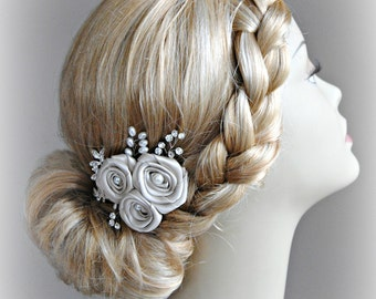 Light Champagne Fascinator, Oatmeal Bridal Fascinator, Hair Flowers with Crystals and Pearls - FAYRE