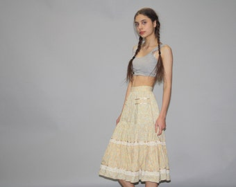Gunne Sax Vintage Pastel Yellow 1970s Skirt - 70s Floral Skirt - 1970s Prairie Skirt  - Vintage Gunne Sax - WB0322