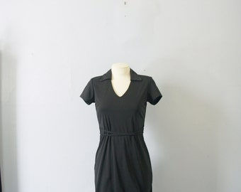 Vintage 90's minimalist black dress with collar, pencil skirt, size small