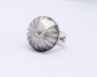 Ring Sterling Silver Dome Ring Size 7