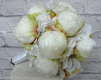 Bridal bouquet - White peony bud wedding bouquet - Silk wedding bouquet