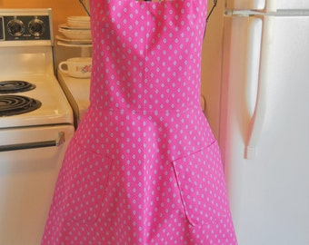 Retro Style Full Apron in Pink