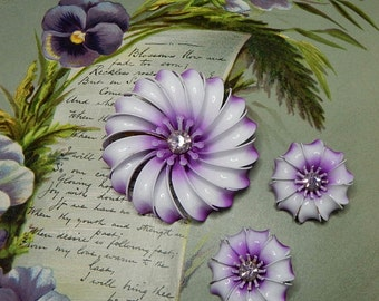 60s Flower Power Lavender Metal Brooch & Earrings Set