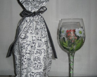 Wine Bottle Bag Feline Kitty Cats Black and White with Polka Dot Lining