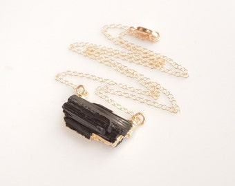 Black Tourmaline Necklace in Gold - Horizontal Style