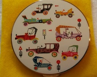 Stratton Powder Compact; 'Scone/Regal'; Featuring a Classic Car Motif Circa 1950's-1970's-  DR153