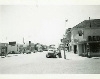 "Vintage Photo ""Fairfield, California Scene"" City Street Snapshot Photo Antique Black & White Photograph Found Paper Ephemera Vernacular - 39"