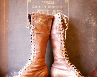 Vintage Brown Leather Lace Up Ladies Riding Boots - Equestrian Style!