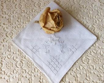 Wedding Handkerchief - Antique Handkerchief, 75 to 100 Years Old, Vintage Linen, Vintage Glamour, Destination Wedding, Gift:   BBD-812