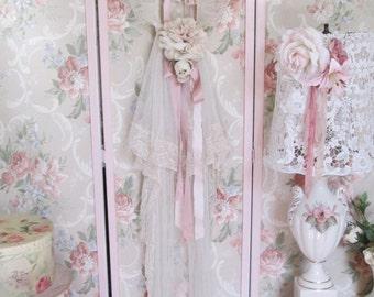 shabby chic vintage wedding veil and hook bridal shower decoration