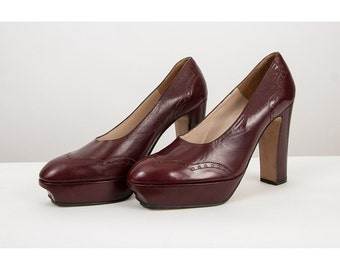 Platform shoes / Vintage sky high MIGNANI wing tip spectator platform heels / Ox blood leather 9 10