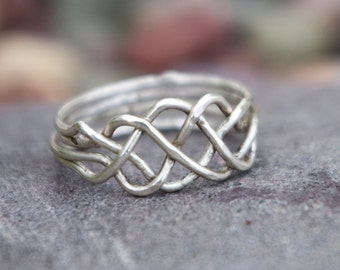Celtic Puzzle Ring | Size 9 | Silver-Fill