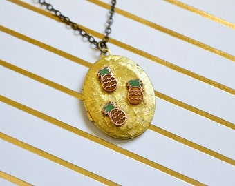 Vintage Pineapple Locket - Pineapple Jewelry - Vintage Locket - Enamel - Raw Brass Jewelry - Hard Enamel Locket - Pineapple Necklace