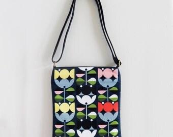 Fresh tulips, sling bag
