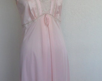 Vintage Nightgown Negligee Peach Nylon by Gilead Size 36