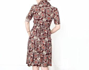 Vintage Floral Shirtdress . Size 38 .