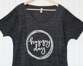 Happy day tee in flecked charcoal