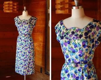 vintage 1960s dress / 60s berry print party dress / size medium