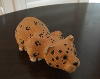 Cheetah Artesania Rinconada figurine
