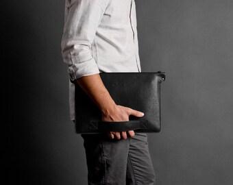 Universal laptop folder macbook folio, notebook case, leather folio, wool felt case   BERING (Black)